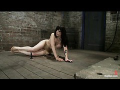 A booming MILF gets restrained with the thin cutting rope