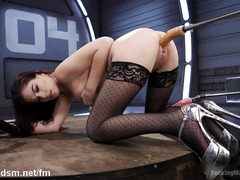 Redhead's pussy is filled with nectar from masturbation with the fucking machine