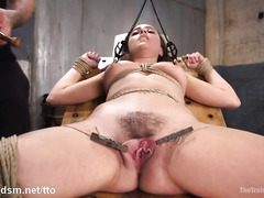 Submissive slave gets her pussy tormented with clothespins and toys