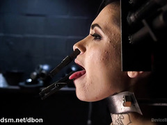 Punishing gorgeous slave with extensive fingering and body pegging delights