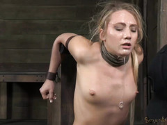 Blonde gets her face messed up with slimy saliva from excessive deepthroating