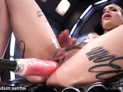 Beautiful tattooed beauty stimulates her cunt until bursting with sweet nectar