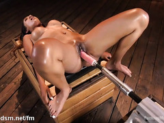 Hot latina plays with massive fuck machine over her creamy pussy