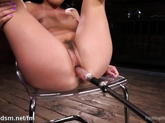 Brunette with perfect ass, sensual fucking machine solo play