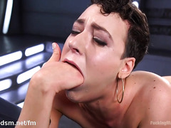Impressive porn doll uses fuck machine for harsh solo