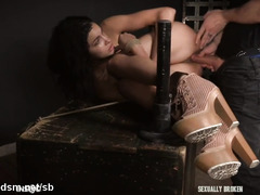 Intense pussy and anal with obedient babe stranded in ropes