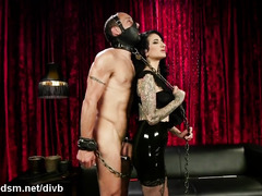 Dominant whore enslaved man for a wild anal play