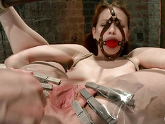 Justine Joli nipples and cunt are abused by clothespins and a whip