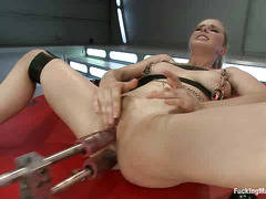 Penny Pax likes to feel a little pain while playing with fucking machines