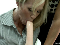 MILF Simone Sonay submits to Francesca Le and gets her ass fucked