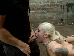 Lorelei Lee chokes, gags and fights for air during brutal session