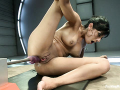 Brunette hottie Beretta James uses several fucking machines on her cunt