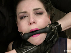 Hot chick Juliette March orgasms even when she is in terrible pain