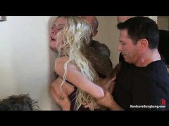 Stuck-up bitch Riley Evans gets plugged up during a gangbang