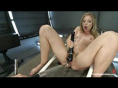 Hairy hottie Chastity Lynn gets an anal ramming by dildos