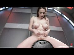 Curvy hottie Tessa Lane fucks dildos and the orgasmic sybian