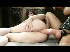 Proxy Paige gets her tight ass stretched by Francesca Le