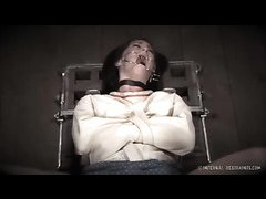 Mental patient Cici Rhodes is humiliated by her Domme