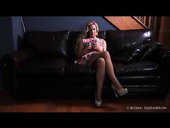 A blonde tramp wants to experience intense humiliation