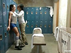 Coach Isis Love punishes lovely Amy Brooke's tight asshole