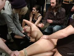 Blonde Courtney Taylor as the wonderful art muse during a fuckable art exhibition