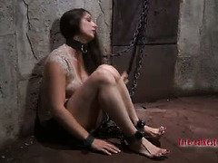 Old sinister master gives pretty slave an excruciating bondage punishment