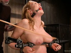 Mature big tits blonde is screaming with ecstasy from her harsh and rough punishment
