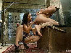 Choco mistress demands slave stud's lusty and undivided attention on her hot pussy
