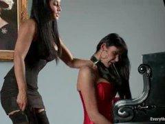 A super hot pornstar endures intense anal domination