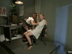 beautiful Amber Rayne trying to cure a crazy blonde patient with an electric shock