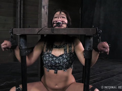 Raven-haired dungeon slave must experience suffering before receiving pleasures